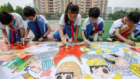 TikTok rival Kuaishou shares fall after state media demands tougher